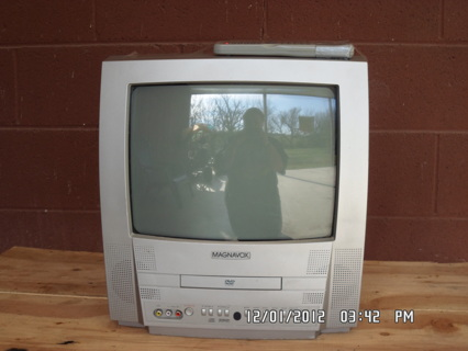 Free Magnavox 13 Tv W Built In Dvd Player