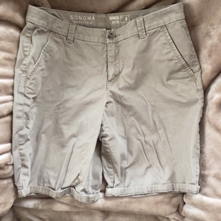 Sonoma Bermuda shorts size 8