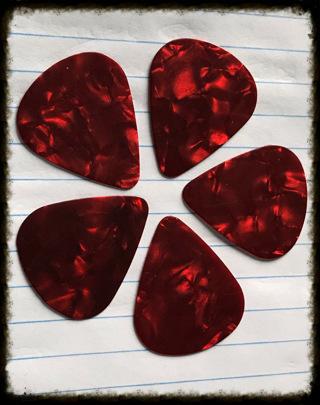 ♥️❥❥❥5 RED ♥️❥❥❥Guitar ♥️❥❥❥ Picks