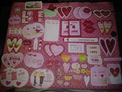❤♥️❤♥️❤️BRAND NEW 90 PIECE ASSORTED VALENTINE'S DAY CUT-OUTS❤♥️❤♥️❤WINNER GETS ALL!