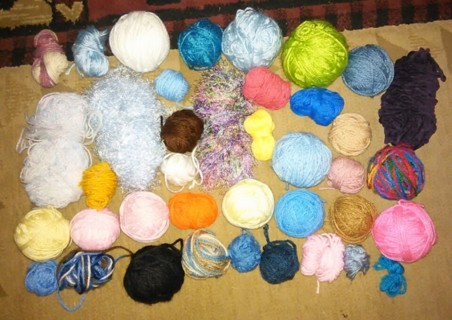 Small yarn remnant lot. Over 30 yarns