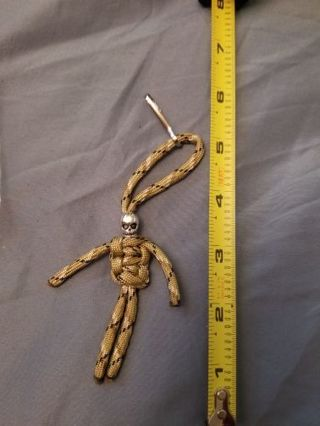 Paracord zombie zipper pull