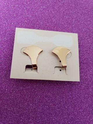 Vtg Napier Goldtone Clip On Earring