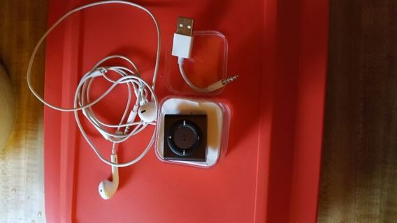 iPod shuffle with cable and earphones