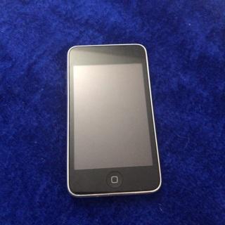 Apple iPod Touch 8GB 2nd Gen
