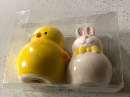 """Bunny and Chick Salt & Pepper Shakers 2.5""""H"""