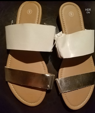 NWT! Ladies Cute Sandals Size 8