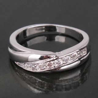 Gorgeous Band Style Ring With White Sapphires Size 8 18kt WG Filled