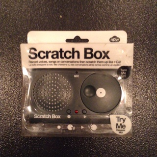 SCRATCH BOX BE YOUR ON DJ