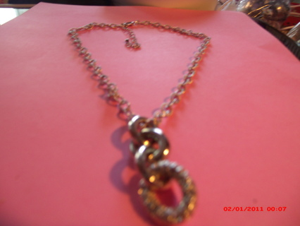 FOUR-RING NECKLACE-LOVELY