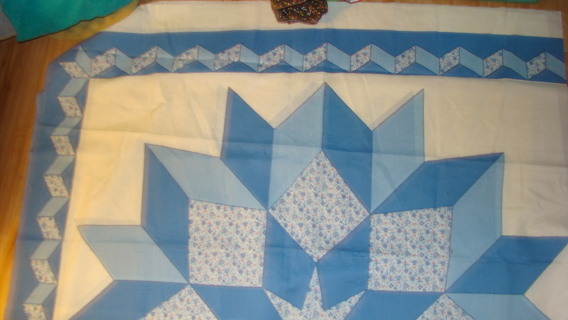 carpenters star quilt top X2