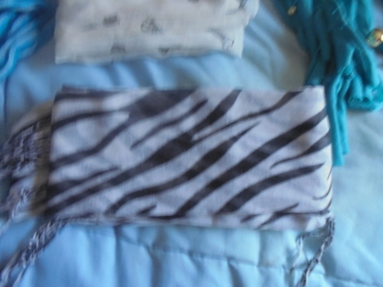 SCARF LOT   10 TOTAL