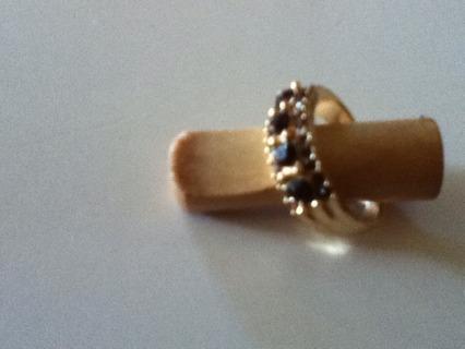 SZ 6 PRINCESS STONE GOLD BAND RING