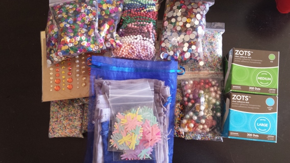 LARGE LOT SCRAPBOOKING AND BEADING
