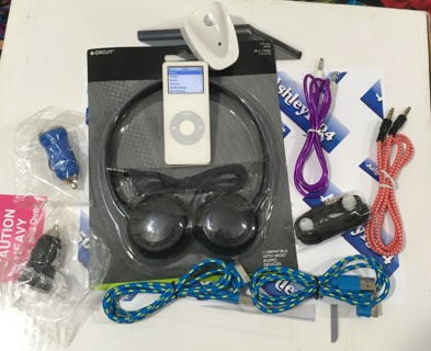 REAL APPLE IPOD MP3 PLAYER WITH BUNDLE INCLUDED FREE SHIPPING