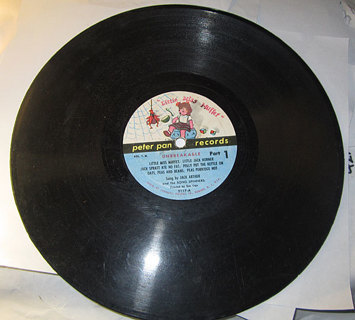 4 TWO SIDED 78 PETER PAN RECORDS OVER 20 SONGS!!!