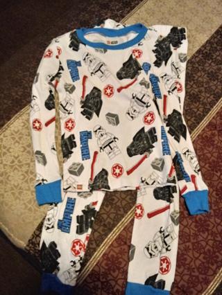 Boys Pajamas-Size8- NWT