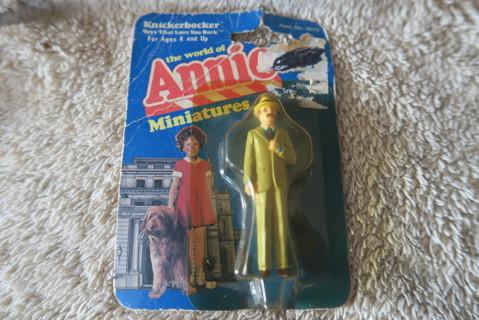 """Knickerbocker Annie figure """"Rooster"""""""