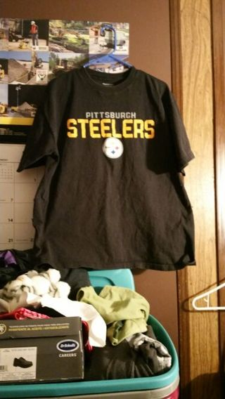 Pittsburgh Steelers tshirt size large