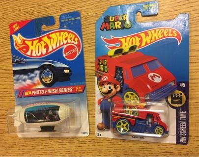 2x Hotwheels vehicles