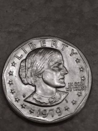 1979 D Susan B Anthony Dollar US Mint Coin -Uncirculated*