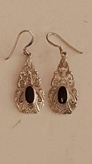 Vintage 925 Sterling silver onyx earrings very Beautiful