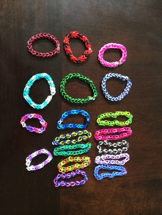 Rubber bands bracelet lot of 4 ( you choose color and size)