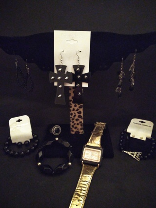 **ALL DRESSED IN BLACK JEWELRY LOT**