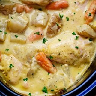 Creamy Crockpot Ranch Chicken