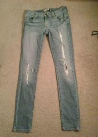 1 Pair Jeans Pants