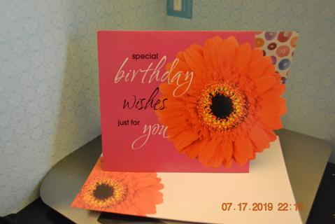 ****BEAUTIFUL ZINNIA BIRTHDAY CARD W/MATCHING ENVELOPE***FREE SHIPPING