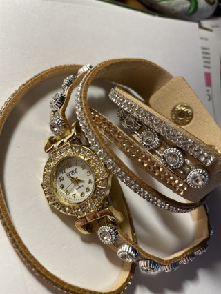 Wrap around watch 71/2 wrist