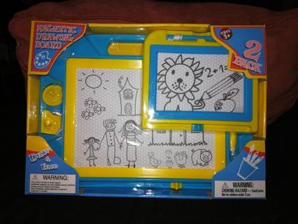 MAGNETIC DRAWING BOARD=free shipping