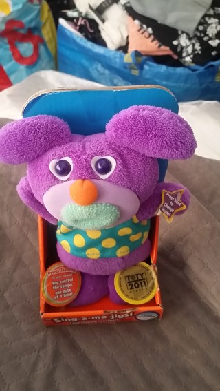 Brand New Sing*a*ma*jigs! Plush Toy by Mattel, That Can Sing / Batteries Included / Free Shipping