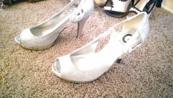 Size 8.5 guess high heels ( GIN = FREE SHIPPING)
