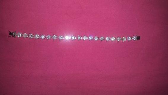 Gorgeous Star Bracelet Brand New