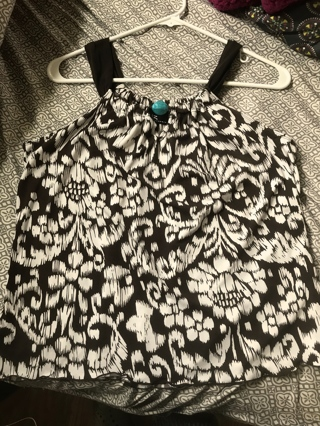 New Without Tags XL Polyester Spandex Women's Top