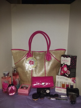 ❤¡¡ Perfect for Summer!!❤ Huge Lot B&BW, Bare Minerals, Me Cosmetic, Beach Tote++ all Brand New!!