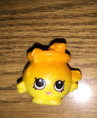 free goldie fishbowl ultra rare petshop shopkin season 4 other