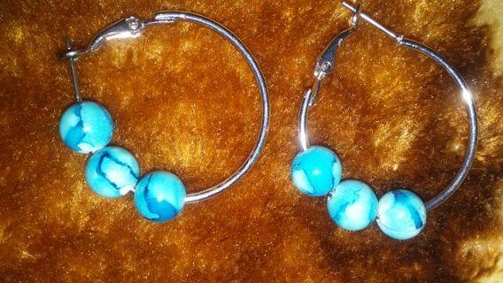 Nice New earrings