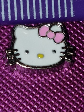 Hello kitty Living Locket Charm