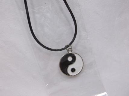 NEW Yin Yang - Pendant Necklace - Ying Yang