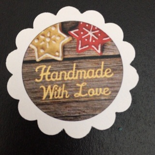 40 Christmas Inspired Handmade With Love paper tags