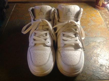 Michael Jordan 1's Size 6Y
