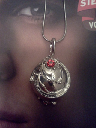 Free: NEW! The Vampire Diaries Vervain filled