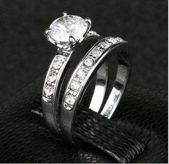 1 NEW Stunning 925 Silver Ring Set Princess Cut Cubic Zirconia Silver Plated 2 Pcs/Set FREE SHIPPING