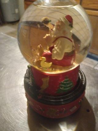 Coca Cola Bear Glass Water Globe