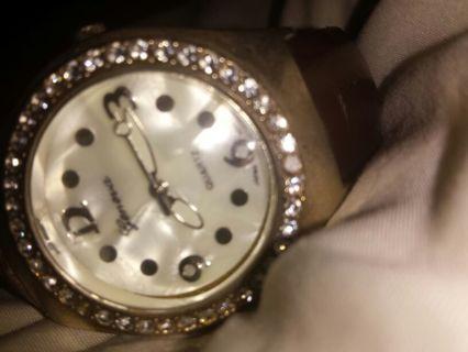 Geneva leather wrist watch