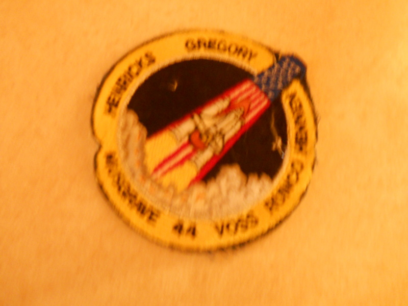 Free: VINTAGE NASA SPACE SHUTTLE 44 CREW PATCH - Other ...