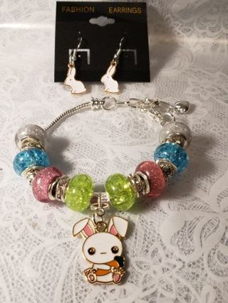 Euro Braclet ♡♡ Bunny Love ♡♡ Braclet and Earrings